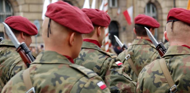 Fiskus żąda podatku od mundurowych na misjach