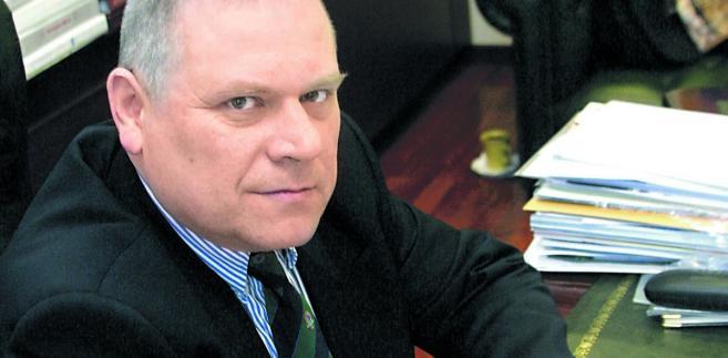 Dr Janusz Fiszer radca prawny, partner w kancelarii prawnej Gessel i docent Uniwersytetu Warszawskiego
