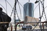 Władcy pieniędzy. Po co nam banki centralne?