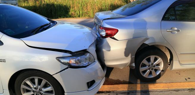 Dochodzenie roszczeń odszkodowawczych w szkodach na pojeździe w świetle zasady pełnej kompensaty szkody