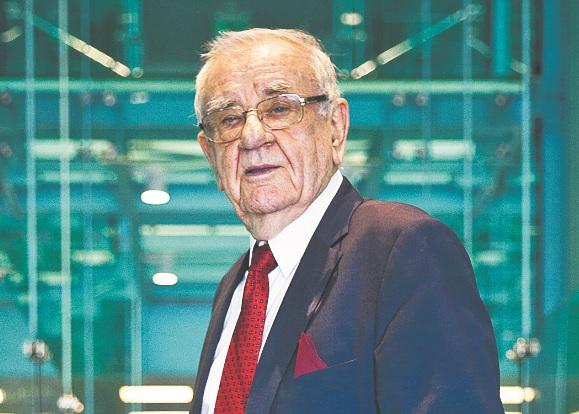 Józef Musioł sędzia Sądu Najwyższego w stanie spoczynku, karnista, autor kilkudziesięciu książek z gatunku literatury faktu, w tym dotyczących prawa, w latach 1983–1990 wiceminister sprawiedliwości / fot. Wojtek Górski