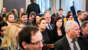 Uczestnicy konferencji Tajemnica adwokacka i dziennikarska - bliźniacze siostry w państwie.