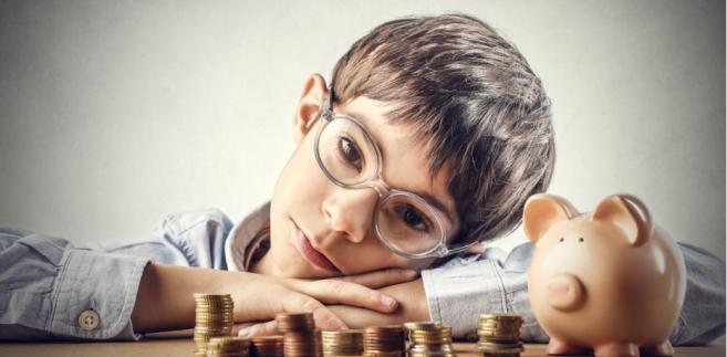 Co do zasady świadczenia z FA są wypłacane w wysokości ustalonych przez sąd alimentów, ale nie może to być więcej niż 500 zł miesięcznie na jedno dziecko