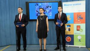 Katarzyna Lubnauer i Adam Szlapka podczas konferencji prasowej klubu Nowoczesnej