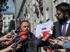 """Władze Warszawy: MF ma """"bałagan"""" w dokumentach dot. reprywatyzacji. Wprowadza w błąd"""