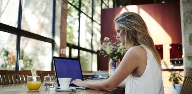 freelancer praca pracownik