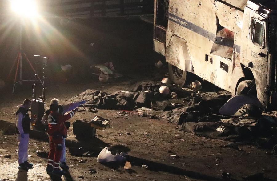 Zamach w Stambule, EPA/TOLGA BOZOGLU Dostawca: PAP/EPA.