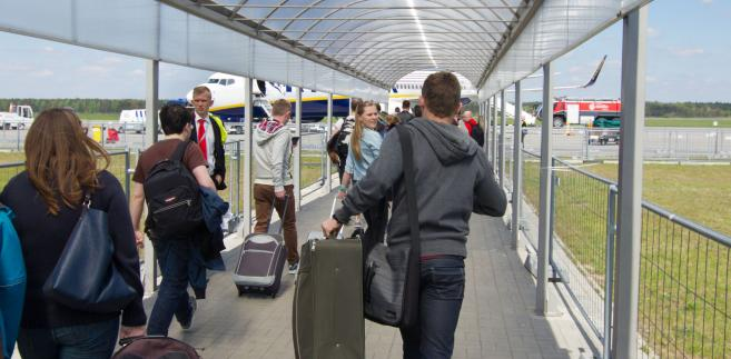 Rocznie Modlin obsługuje 3 mln klientów Ryanaira.