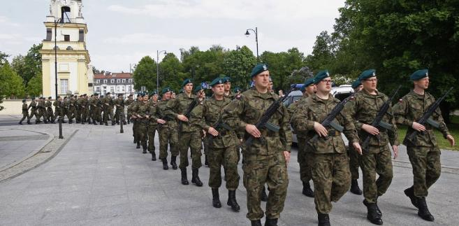 Gen. Kukuła ocenił, że szkolenie WOT jest innowacyjne, a część mundurowych je krytykuje, zdając sobie sprawę, że powodzenie programów doprowadzi do konieczności przewartościowania całości systemów szkolenia wojska