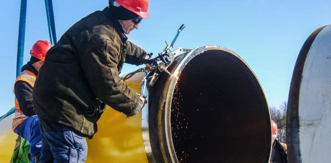 Usługa regazyfikacji, czyli zamiana gazu ziemnego z postaci płynnej w postać gazową, świadczona jest na podstawie koncesji Urzędu Regulacji Energetyki