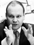 Karol Stec dyrektor departamentu do spraw koordynacji projektów w Polskiej Organizacji Handlu i Dystrybucji