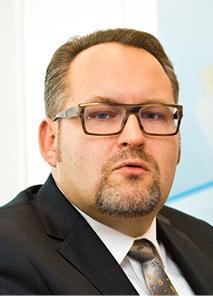 Bartłomiej Nocoń dyrektor w departamencie dystrybucji bankowości detalicznej, Bank Pekao