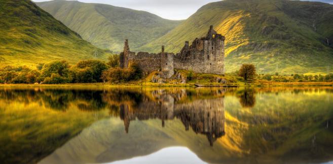 Wyspy i zamczyska. 7 miejsc do zwiedzenia w Szkocji