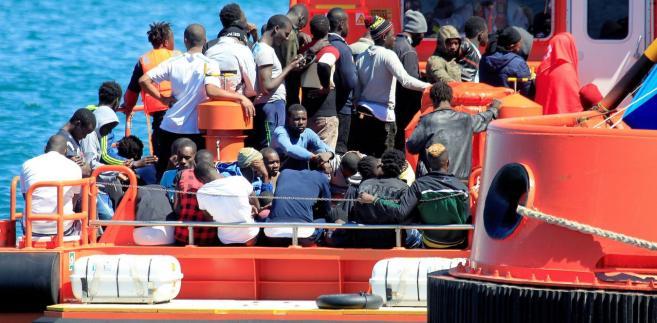Liczba migrantów przypływających do Hiszpanii drastycznie wzrosła