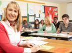 Nauczyciele zyskają dwa miesiące wakacji po <strong>urlopie</strong> rodzicielskim. Wrócą do pracy po 14 miesiącach wolnego