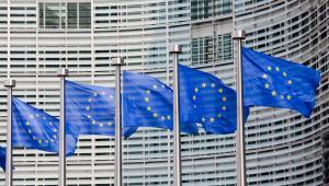 Jak wiadomo, życie nie znosi próżni, tak więc po rozpadzie ogólnoeuropejskiej struktury zapewne pojawiłyby się regionalne sojusze polityczne.