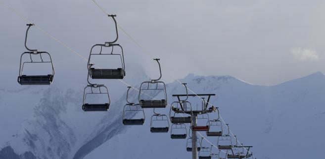Polskie Koleje Linowe zajmują się przewozem osób koleją linową, prowadzeniem wyciągów narciarskich oraz przenośników taśmowych w ośrodkach