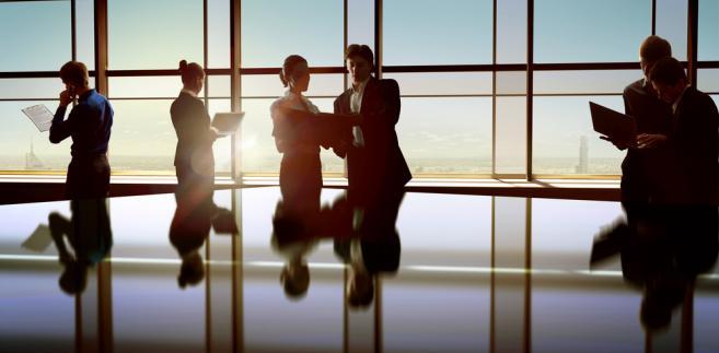 Włoskiej ustawie nadano angielską nazwę Whistleblowing, jak określa się alarmowanie o nieprawidłowościach w instytucji lub firmie.