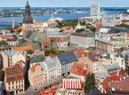 Łotwa – 5. miejsce w rankingu najmniej przyjaznych turystom krajów świata. Wysoko pozycja Łotwy może dziwić. Na Łotwie nie ma podwyższonego zagrożenia przestępczością. Ja wszędzie trzeba zachować podstawowe środki bezpieczeństwa.
