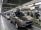 SUV Santa Fe wytwarzany w pekińskiej fabryce Hyundaia. W tym join ventures pomiędzy Beijing Automotive Industry Holding Co. i Hyundai Motor Co. wytwarza sie juz 11 modeli tej marki.