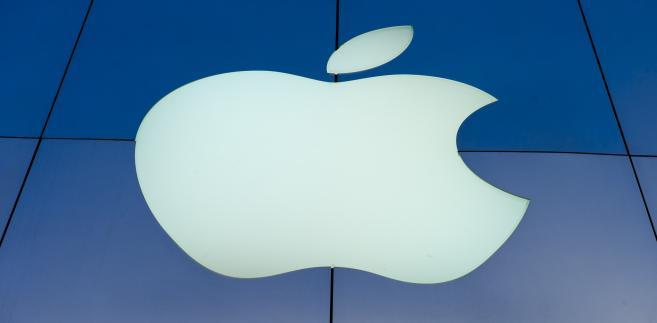 W IV kw. 2015 r. koncern Apple wykazał niemal 76 mld dol. przychodów.