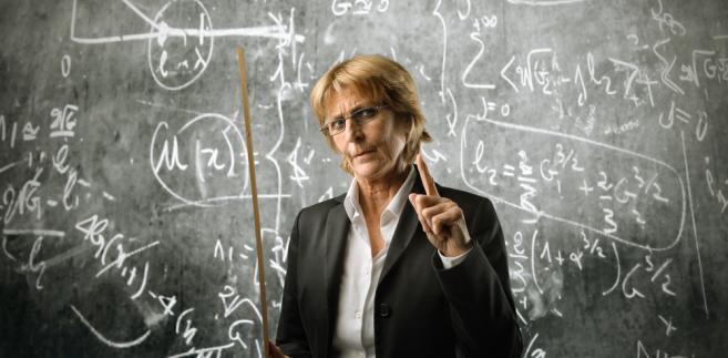 Część nauczycieli może jeszcze starać się o emeryturę przyznawaną bez względu na wiek.