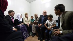 Angela Merkel z wizytą w obozie dla syryjskich uchodźców.