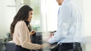 Jak zaoszczędzić minimum 30% na druku w firmie?