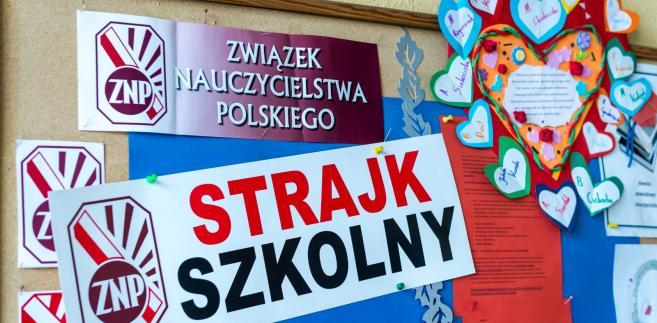 Informacja o strajku w Zespole Szkół nr 21 - Szkoła Podstawowa nr 32 i Gimnazjum nr 8 w Bydgoszczy
