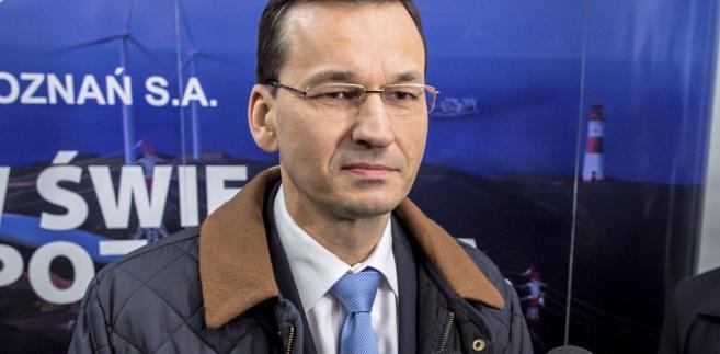 """Zwrócił uwagę, że po decyzji KNF zezwalającej na zmiany właścicielskie w Pekao S.A. """"można oficjalnie już potwierdzić, że udział rodzimego kapitału w polskim sektorze bankowym przekracza 50 procent, co stanowi silny bufor bezpieczeństwa dla polskiej gospodarki przed potencjalnymi turbulencjami na międzynarodowych rynkach finansowych"""""""