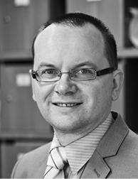 dr hab. Jacek Zaleśny konstytucjonalista z Uniwersytetu Warszawskiego