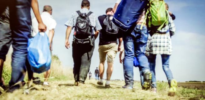 Zdaniem KEP pomoc uchodźcom potrzebna jest i na miejscu i w Posce
