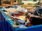 Opłaty za śmieci rosną w całej Polsce, a odpady wciąż zalegają w lasach