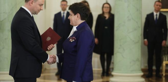 Prezydent Andrzej Duda przyjmuje dymisję premier Beaty Szydło