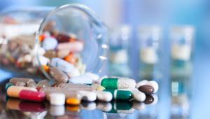Jakich leków głównie brakuje? Obok leków wywożonych znalazły się tam po raz pierwszy szczepionki.