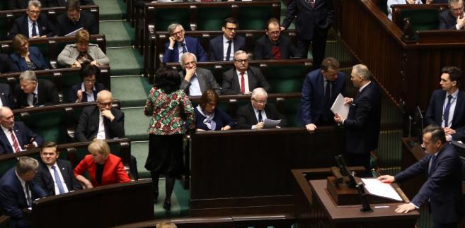 Sejmowa większość nie zgodziła się na ogłoszenie przerwy zgłoszonej przez Borysa Budkę z PO