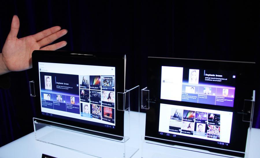 Tablety PC S1, po lewej, oraz S2, po prawej, zostały zaprezentowane przez Sony w Tokio, Japonia. Sony, wraz z Samsungiem i Motorolą, wprowadziło swoje pierwsze tablety w pogoni za iPad-ami produkowanymi przez Apple Inc.