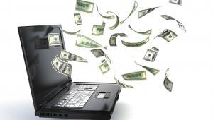 internet, komputer, pieniądze (fot. shutterstock.com)