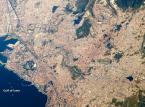 Turecki Izmir. Fot. dzięki uprzejmości NASA / JPL-Caltech