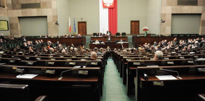 Posłowie zapoznali się ze sprawozdaniem z przygotowań do Euro 2012.