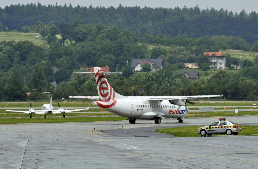 Samolot Eurolotu.
