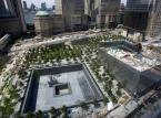 Pomnik, który upamiętnia ofiary zamachu z 11 września 2001 roku. Dwie olbrzymie fontanny stoją w miejscu zawalonych wież World Trade Center